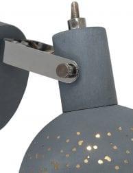 Industriele-wandlamp-met-gaatjes-1723GR-1
