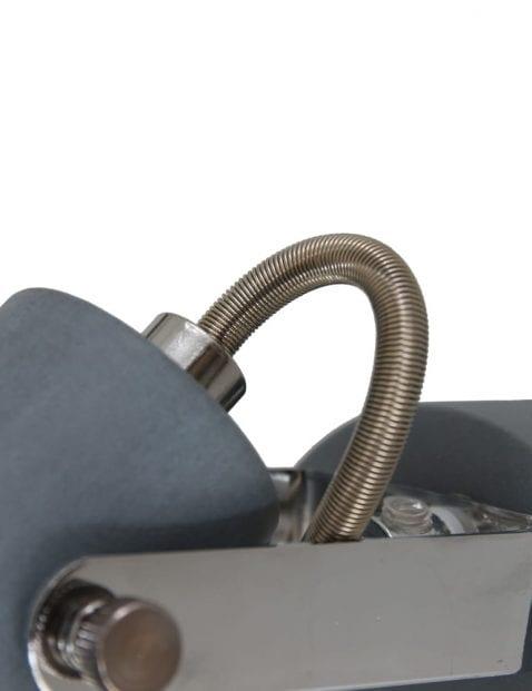 Industriele-wandlamp-met-gaatjes-1723GR-4