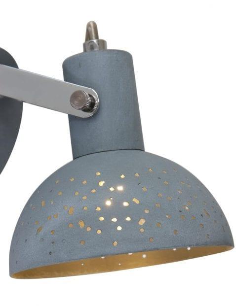 Industriele-wandlamp-met-gaatjes-1723GR-5