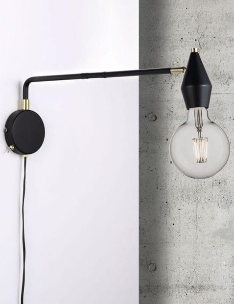Inudstriele-wandlamp-zwart-met-goud-2408ZW-1