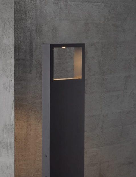 Kunststof-staande-buitenlamp-2143ZW-4