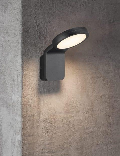 Moderne-zwarte-wandlamp-2324ZW-1