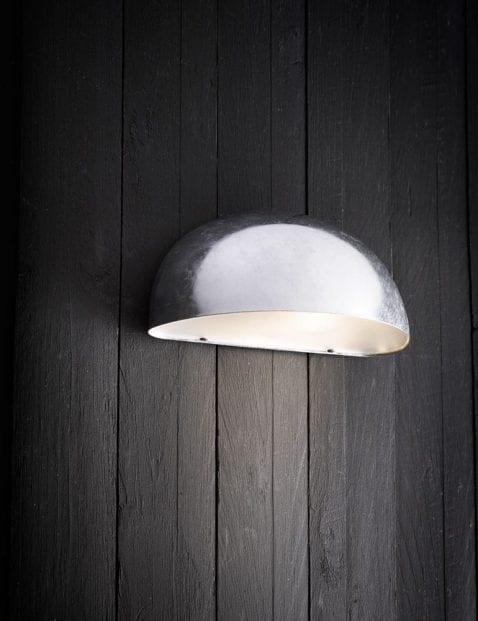 Stalen-buitenlamp-halve-ronding-2370ST-1
