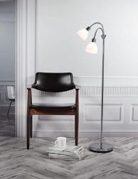 Stalen-vloerlamp-met-witte-kap-2356CH-1