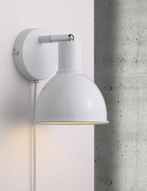 Witte-industriele-wandlamp-2344W-4