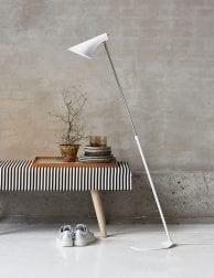 Witte-vloerlamp-design-2390W-1
