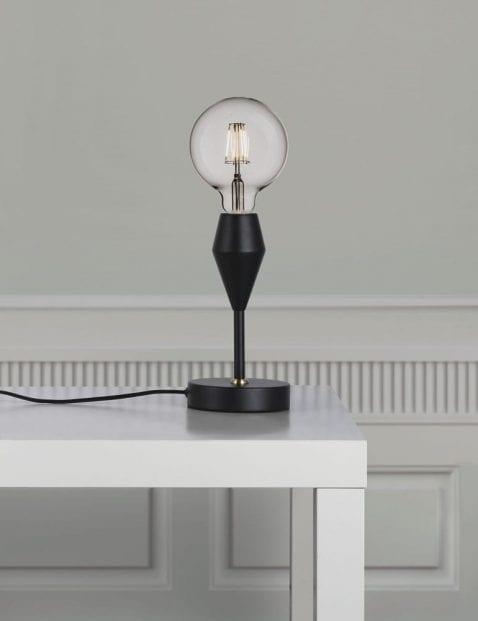 Zwart-stoer-tafellampje-2412ZW-1
