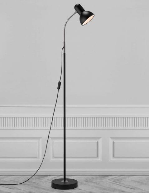 Zwarte-vloerlamp-met-kapje-2383ZW-4