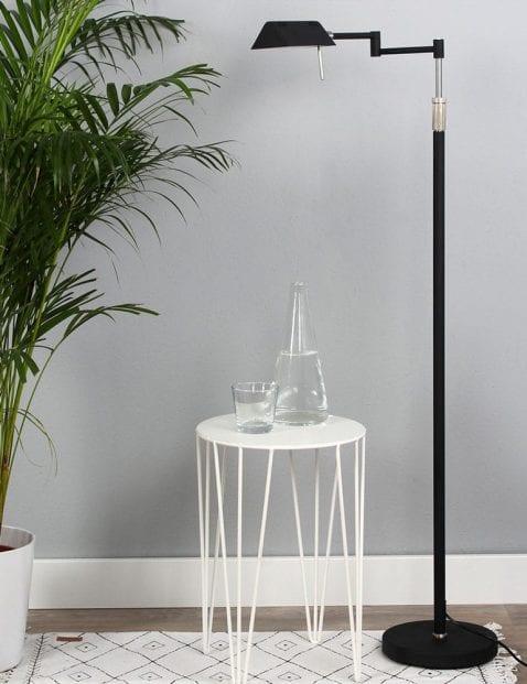 Zwarte staande leeslamp LED Mexlite Karl