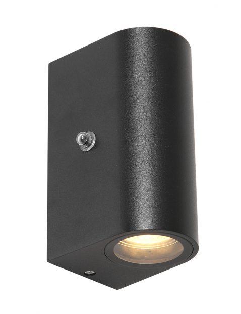Halfronde wandlamp met schemersensor Steinhauer Poro zwart